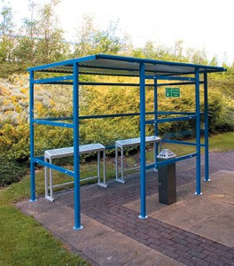 Trad Smoking Shelter Perspex